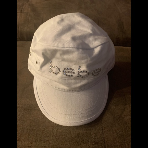 bebe Accessories - Bebe hat in great condition